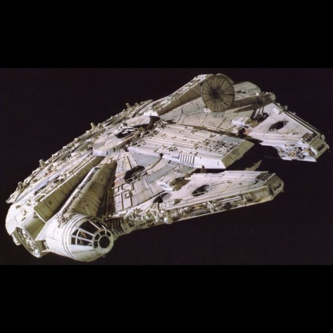 01 Millennium Falcon