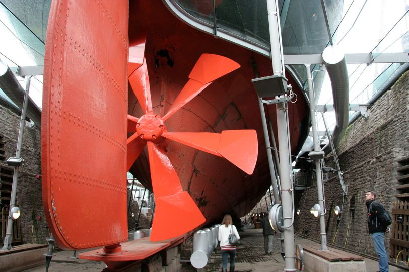 1200px-Great_Britain_propeller_and_rudder_wideshot